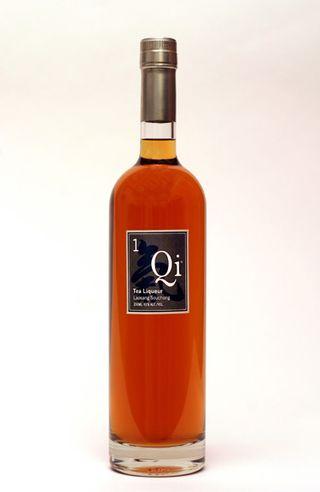 Qi tea liqueur