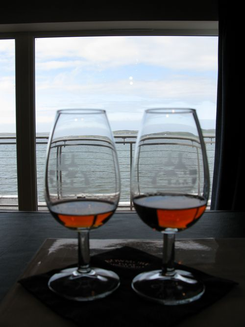 Tasting glasses bowmore
