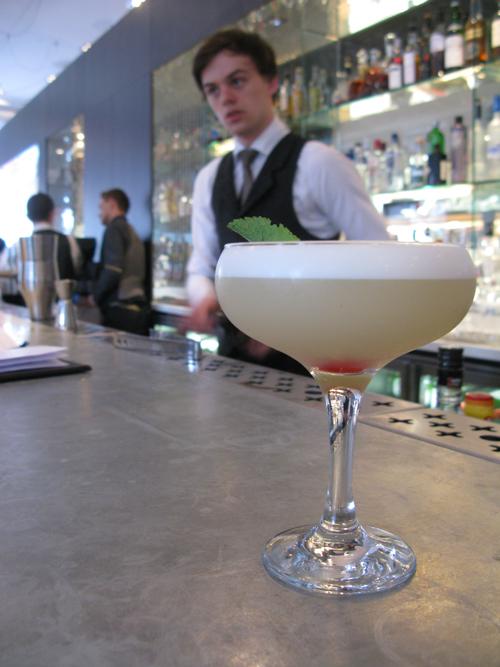 Blythswood sq bar glasgow3s