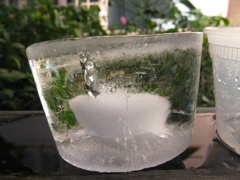 Salt water bath ice_tn