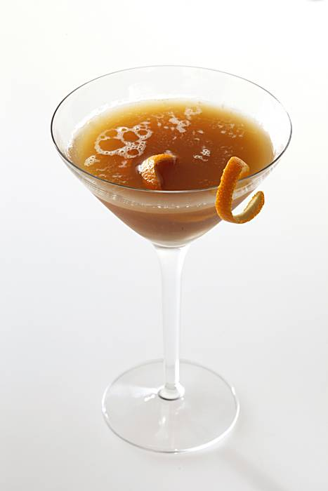 Spiced rum cocktail chron