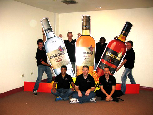Bartender group Angostura9_tn