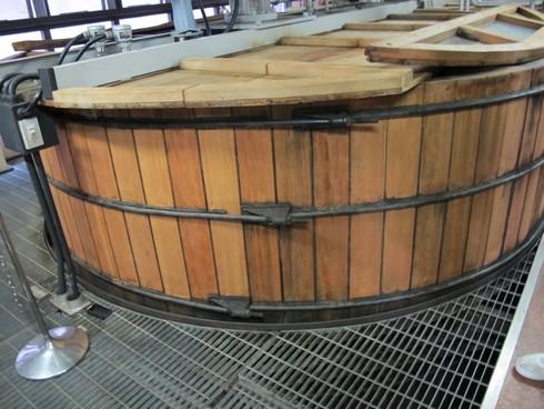 Yamazaki Distillery Kyoto washback_tn