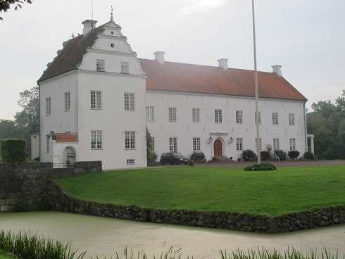 Ellinge Castle Sweden7_tn