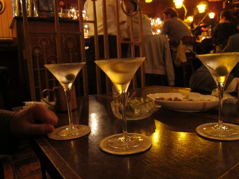 Three martinis at three martini bar yokohama_tn