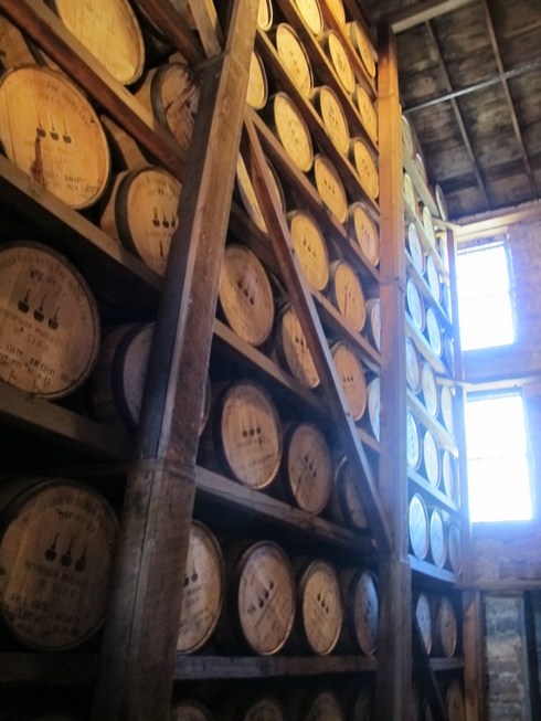 Woodford Reserve Distillery rickhouse3_tn