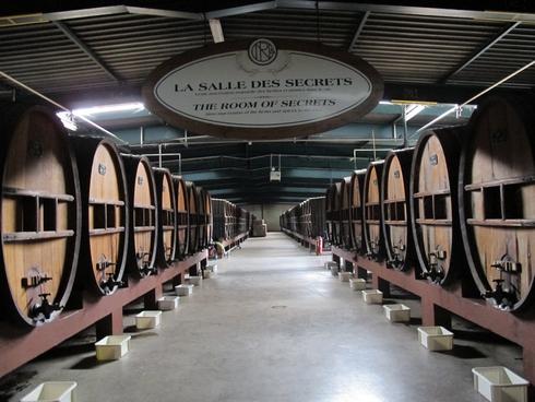La Salle Des Secrets Noilly Prat Marseillan France (2)_tn