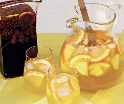 Pineapple-orange-sangria-recipe_xlg_lg