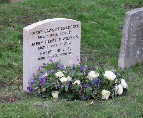 Harry Craddock Tour gravestone