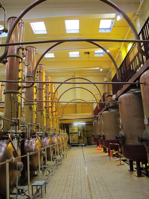 Cointreau distillery stills2_tn