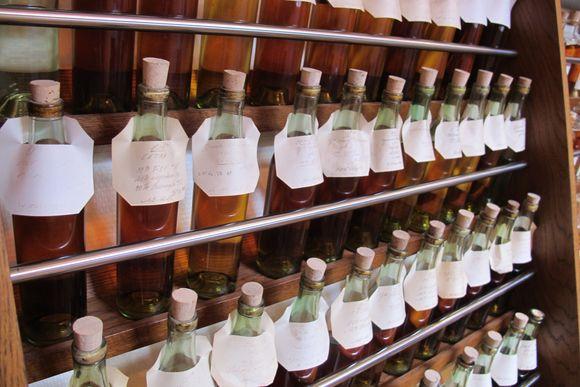 Hine cognac barrels2