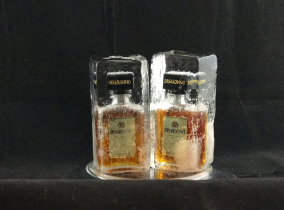 Disaronno minis in ice (8)