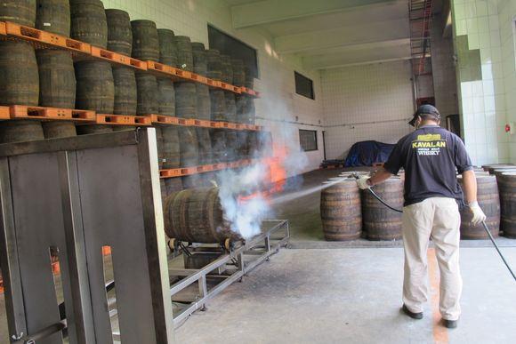 Kavalan Whisky Taiwan rechar cooperage