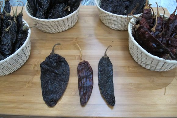 Pepper types for Ancho Reyes2
