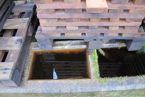 Pool of tannins M Gilles Bartholomo Cooperage Armagnac