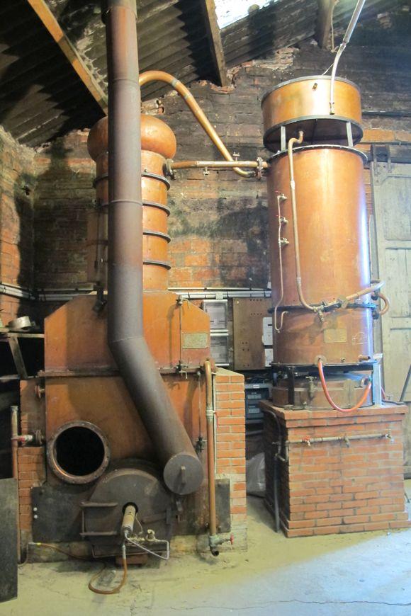 Newer column still Armagnac Delord