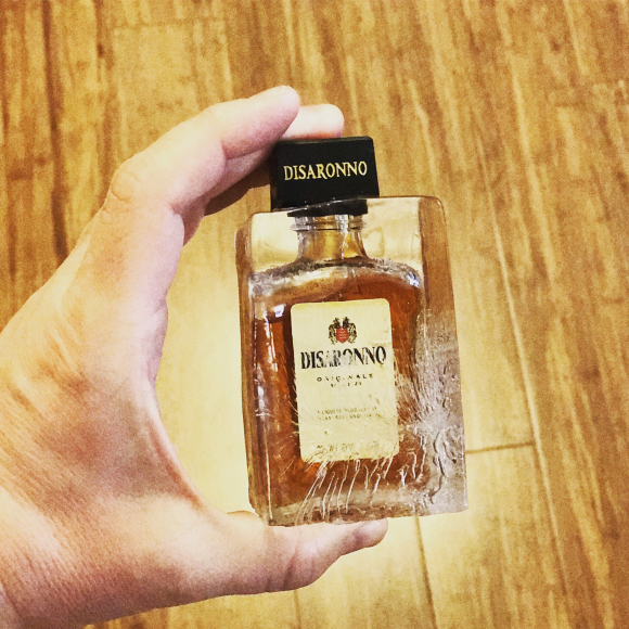 Disaronno minis in ice (26)