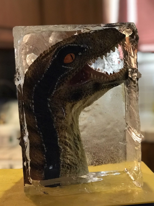 Dinosaur mask ice block2