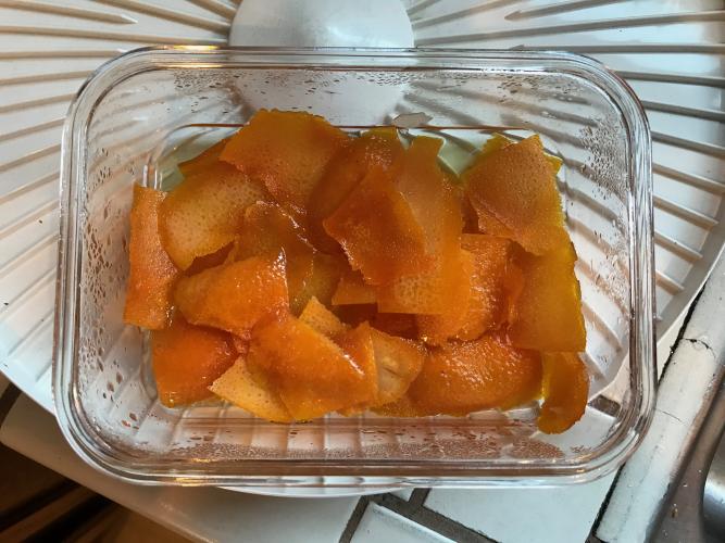 Orange oleo dried - 2